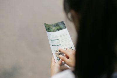 woman-brochure